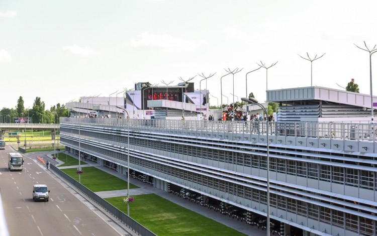 INFRASTRUCTURE: Boryspil International Airport unveils long-awaited multi-level car park as transport upgrade continues
