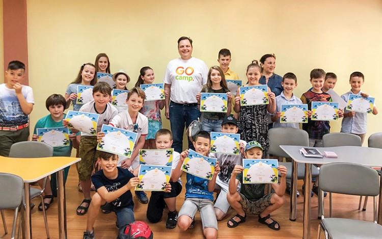 Teaching Ukrainian Kids English
