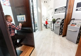 BANKING: Ukrainian division of Germany's ProCredit Bank launches innovative new shopping mall service points