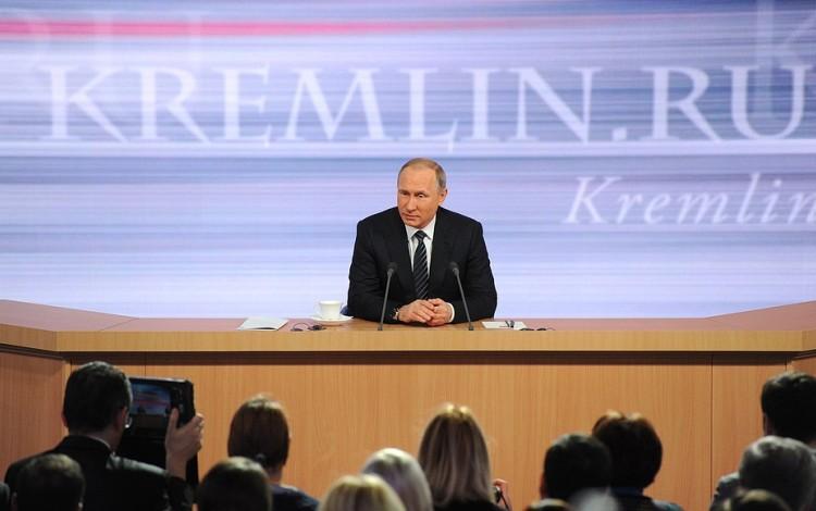 Putin finally admits: Russian military active in east Ukraine