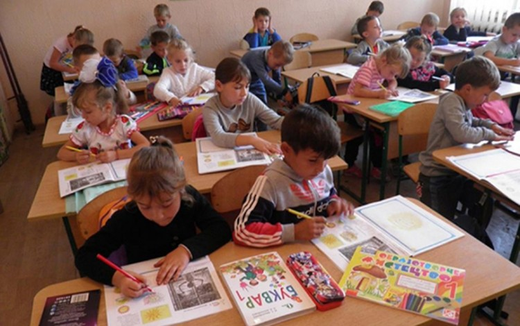 SOCIETY: Time for Ukraine to invest in the education of the country's Roma youth