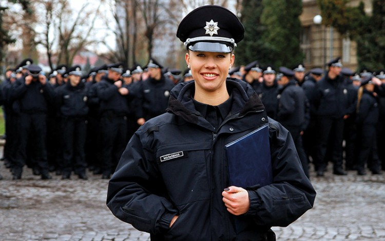 2015 REVIEW: Patrol Police become the face of the new Ukraine and prove a big hit with reform-hungry public